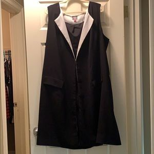 Vince Camuto plus size long sleeveless vest.